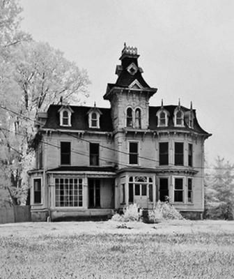 The Bruce Mansion - Brown City, MI