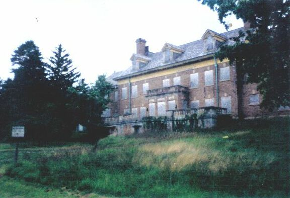 Felt mansion, Saugatuck